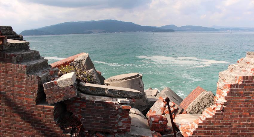 砲台跡からの海
