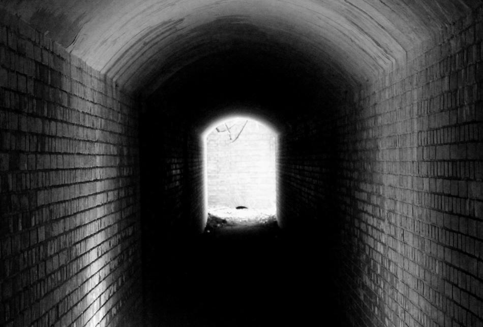 ながいトンネル